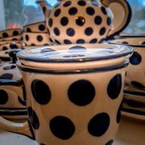 Bunzlauer Keramik: Kleiner Teller / Tellerdeckel